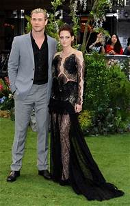 Kristen Stewart And Chris Hemsworth Photos Photos Stars