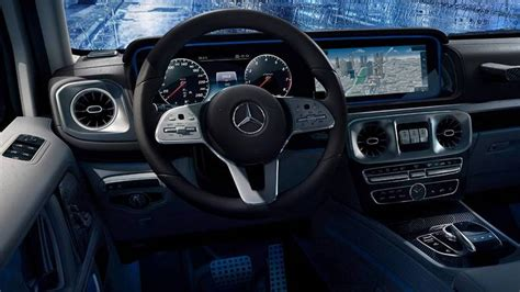mercedes benz  class interior photo