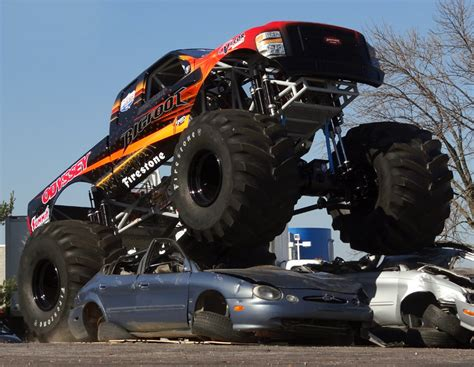 monster truck bigfoot video bigfoot 20 monster truck goes electric video rc car