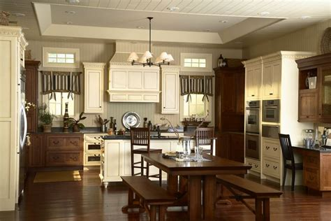 Medallion Cabinets Outlet by Medallion Cabinetry