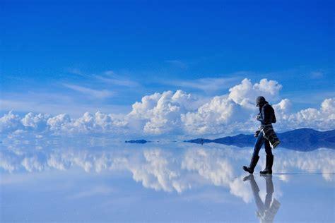 City At Night Wallpaper Uyuni Salt Flats Airstream Cers Bolivia Highlights
