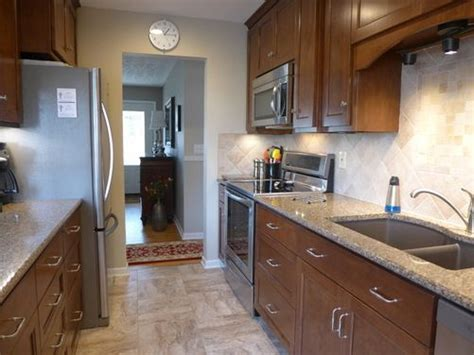 Best Ideas About Small Galley Kitchens On Pinterest