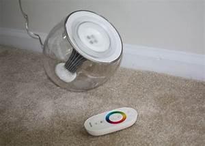 Lampe Philips Living Colors : philips livingcolors led lamp design milk ~ Dailycaller-alerts.com Idées de Décoration