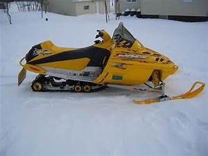 For Sale  2002 Ski