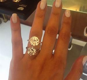 4 carat diamond ring on finger wwwpixsharkcom images With 4 carat wedding ring