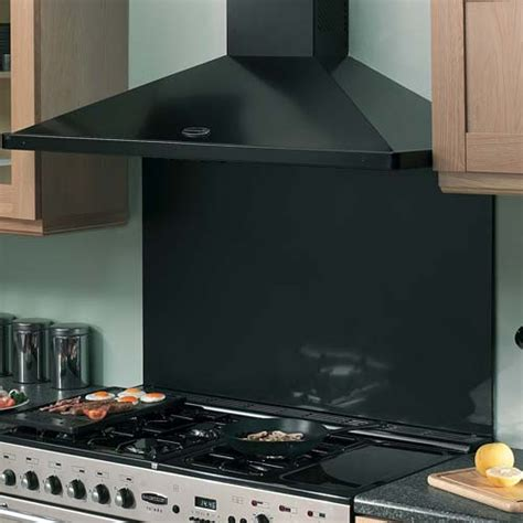 handy guide  cooker hoods  solid wood kitchens