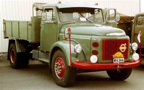 volvo trucks wiki file volvo l495 titan truck 1965 jpg wikimedia commons