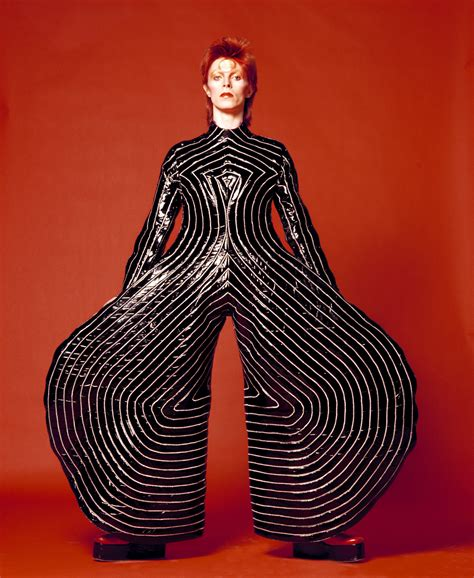 aladdin sane  outfit david bowie  pictures cbs
