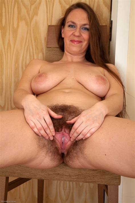 Busty Hairy Wife Hairy Pussy Luscious