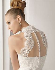 Lace back wedding dresses part 4 belle the magazine for Lacy wedding dresses