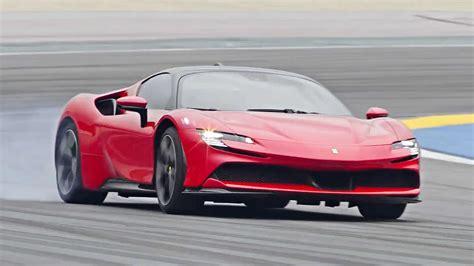 V8 turbo, 1000cv maximum power, weightpower ratio of 1.57 kgcv. Top Gear Has A Closer Look At The New Ferrari SF90 Stradale | CarsRadars