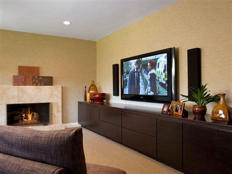 love   profile transitional style living room wall