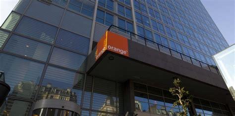 orange siege social orange prévoit de changer de siège social mais des voix s
