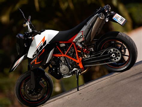 Ktm 990 Supermoto R Wallpaper