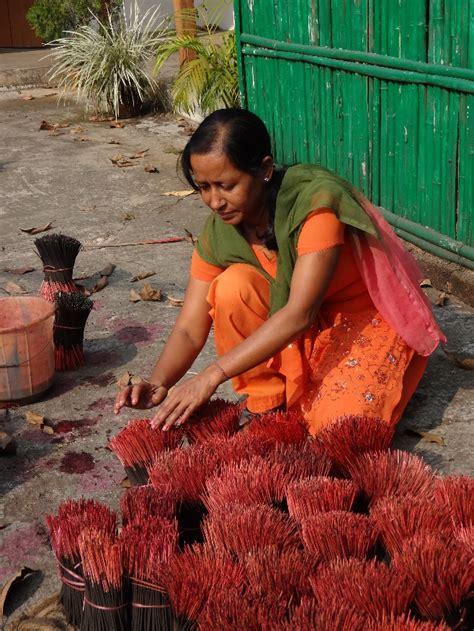 bamboo women part 2 livelihood impacts of bamboo inbar