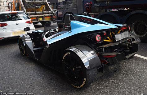 car    batmobile joins parade  flash