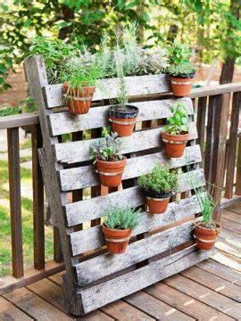 jardines  madera crea tu propio jardin rustico