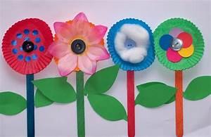 Einfache Papierblume Basteln : lavoretti per bambini di 5 anni fotogallery donnaclick ~ Eleganceandgraceweddings.com Haus und Dekorationen
