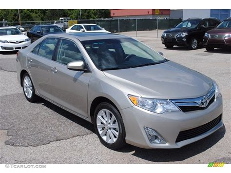 2014 Toyota Camry Colors by 2014 Creme Brulee Metallic Toyota Camry Xle 115251150