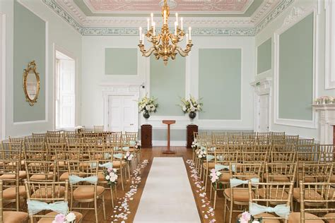 intimate wedding venues  london  nearby chwv