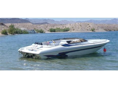 Hallett Boats For Sale In California by 2002 Hallett 255 Closed Bow Powerboat For Sale In California