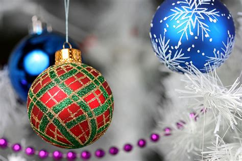 sparkly christmas decorations jaime carter flickr