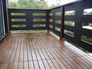 Platten Für Balkon : terrasse und balkon mit holzfliesen verlegen h lzerner ~ Lizthompson.info Haus und Dekorationen