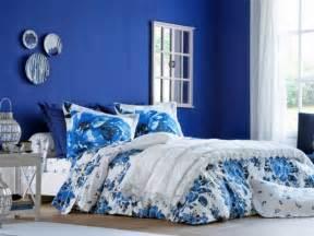 chambres bleues 10 nuances de bleu pour décorer sa chambre