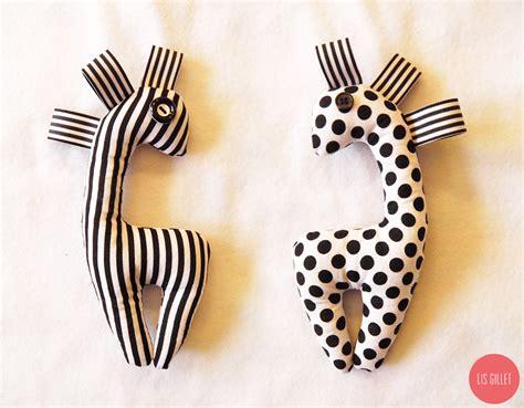 DIY : Diy Monochrome Baby Rattle