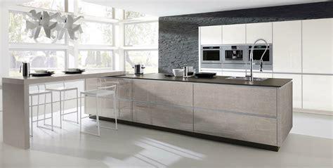 verre de cuisine cuisine en verre design avec un aspect photo 9 20