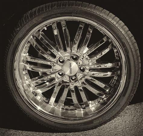 Mag Wheel Photograph By Robert Ullmann