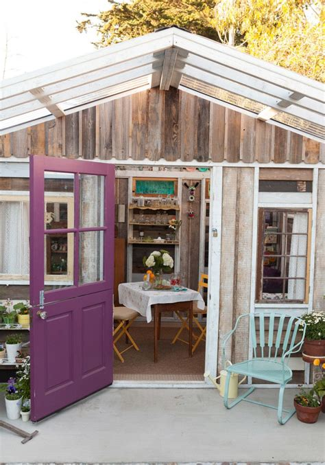 She Sheds That Will Inspire You to Create a Backyard