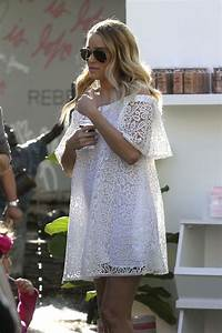 LAUREN CONRAD Hosts a Pop Up Shop for Little Market in Los ...