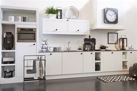 witte keuken met grijs blad witte keuken voorbeelden idee 235 n nieuws startpagina