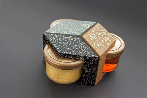 Organic honey label design inspiration