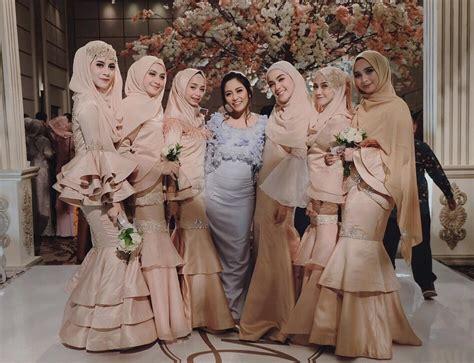 anggun  cantik   inspirasi style kondangan hijab