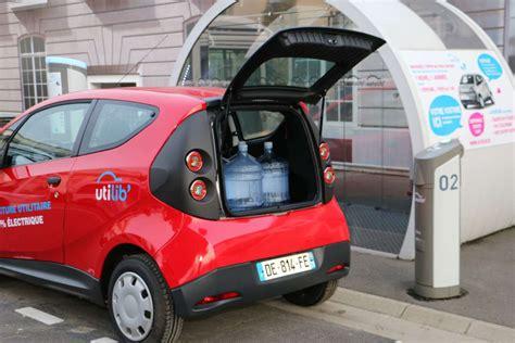 siege auto autolib autolib lance des utilitaires en auto partage