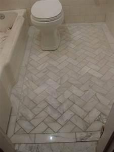 Floorbathroomtilewhite white marble and diagonal for Floor tile patterns for small bathroom