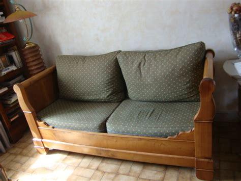 transformer lit en canapé bois lit merisier occasion clasf