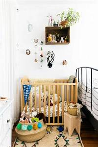 1001 idees pour la decoration chambre bebe fille With chambre bébé design avec pot de fleur gris design