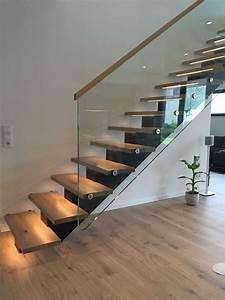 Led Beleuchtung Treppenstufen : mittelholmtreppe mit holzstufen und glasgel nder led beleuchtung treppe pinterest ~ Sanjose-hotels-ca.com Haus und Dekorationen