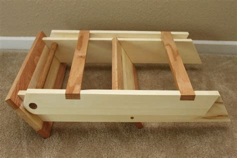 wooden folding step stool  thorinoakenshield