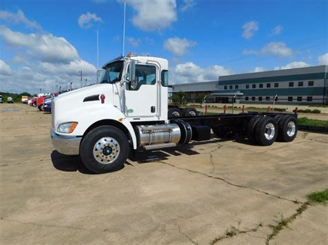 buy used kenworth truck 2017 kenworth t370 for sale 34 used trucks from 98 274