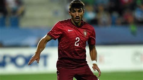 Born 16 may 1993) is a portuguese footballer who plays for s.c. Futebol: Esgaio convocado para Jogos Olímpicos | Região de ...