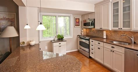 kitchen cabinet pictures gallery 7 best staggered height cabinets images on 5653