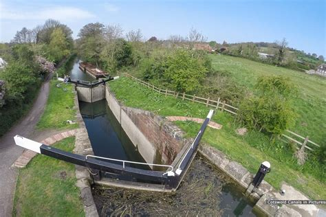 canile chambre ryeford lock stroudwater navigation