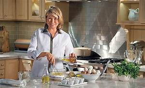 Martha Stewart's Cooking School reviewedA quietly
