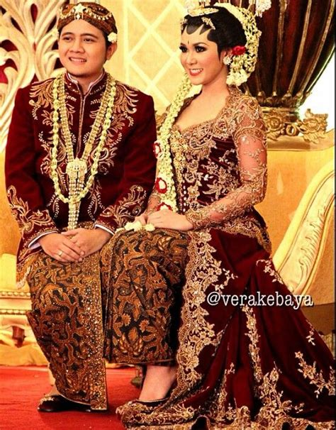 merah maroon indonesian wedding inspiration pinterest