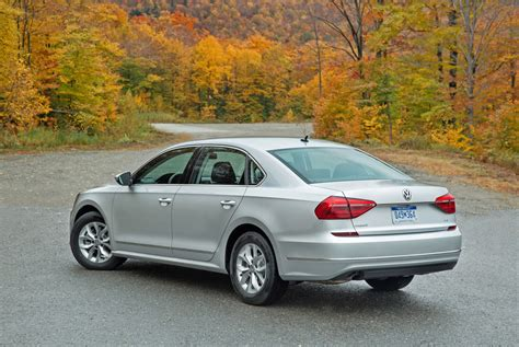 2018 Volkswagen Passat Road Test Review Carcostcanada