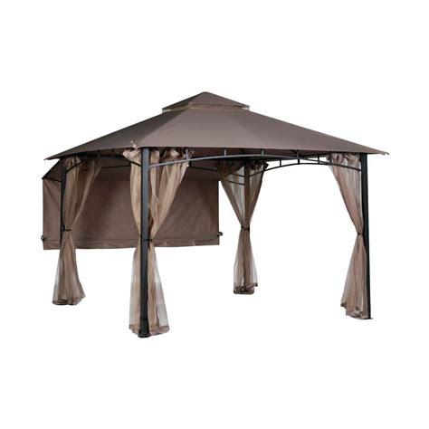 hampton bay shadow hills  ft   ft roof style garden